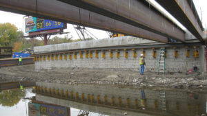 Construction and damming of the grand avenue bridge.