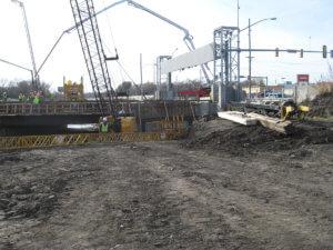 Grand Avenue bridge in Des Moines, Iowa under construction.