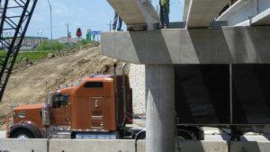 Osceola bridge over I-35 on Hwy 34 ,south bridgework.