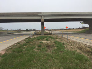 A completed shot of the Warren County Bridge over I-35.