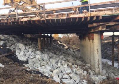 Slab Bridge on Utah Avenue over East River  Taylor County   2018