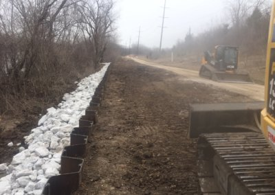 Sheet Pile Retaining Wall on Trestle Trl. | City of Des Moines | 2018/2019